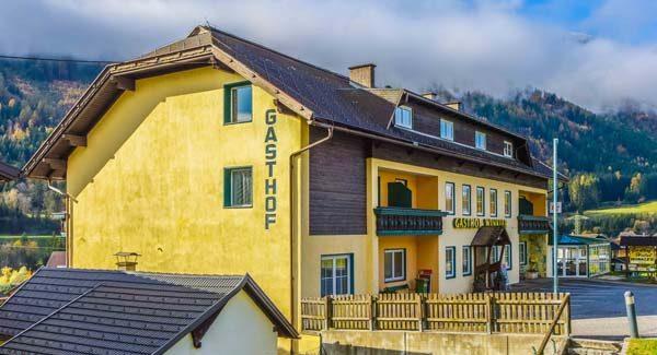 Komforzimmer<br /> Ganztägig warme Küche<br /> Familiäre Atmosphäre<br /> <br /> 9814 Mühldorf 154<br /> Tel. +43-4769-2424<br /> info@hotelwinkler.at<br /> www.hotelwinkler.at<br /> <br /> <strong>Mehr Informationen »</strong><br />