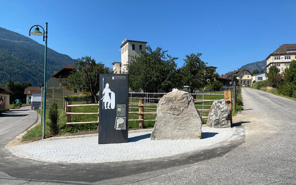 Eine der Stationen des Keltenweges ist am Bild dargestellt.