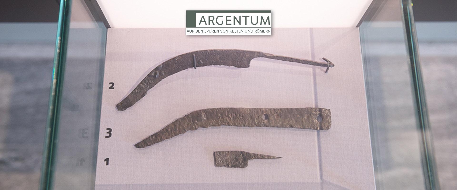 Vitrine mit keltisch-römischen Messern